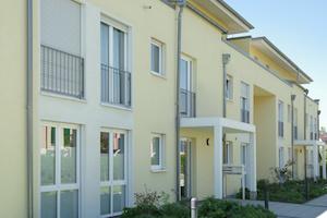 gelbes wohnhaus fuerth fenster-putzen-schwabach
